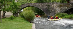 rafting_down_the_aude